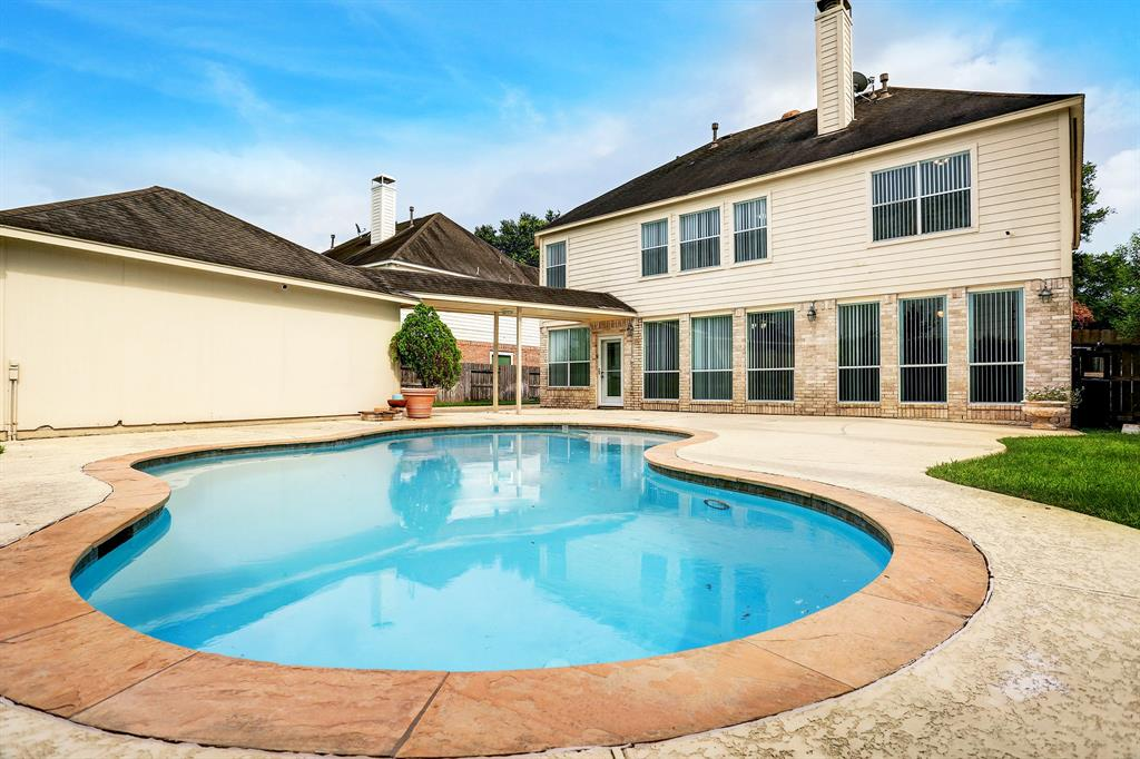 Off Market | 12306 N Shadow Cove Drive Houston, Texas 77082 37