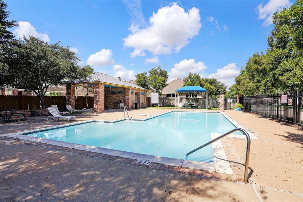 Off Market | 12306 N Shadow Cove Drive Houston, Texas 77082 43