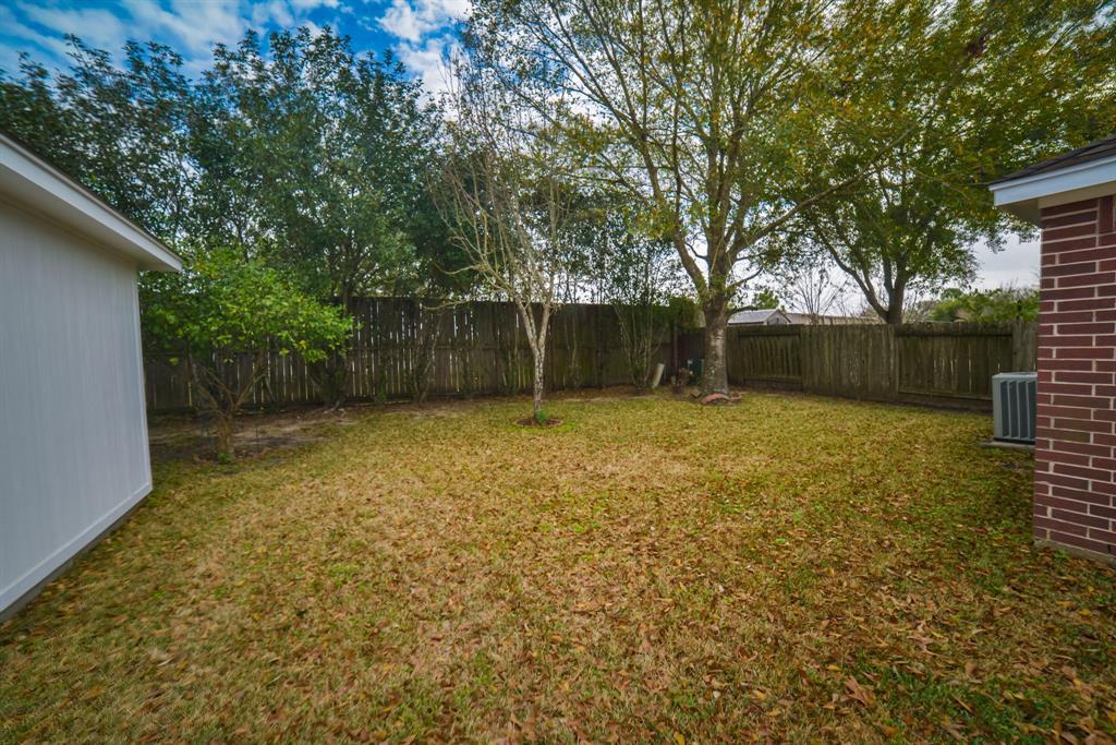 Off Market | 125 Bending Brook Lane Dickinson, Texas 77539 11