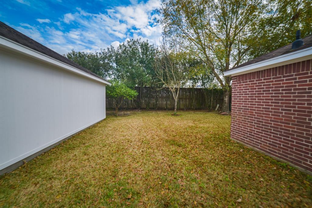 Off Market | 125 Bending Brook Lane Dickinson, Texas 77539 9