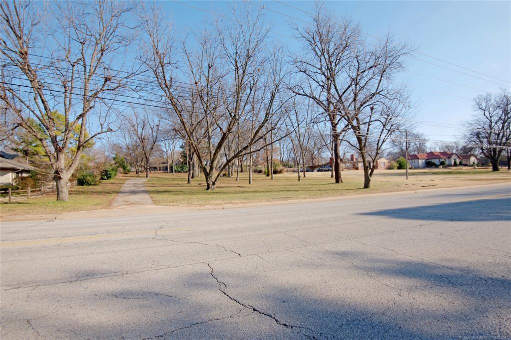 Active | 4539 S Lewis Avenue Tulsa, Oklahoma 74105 15