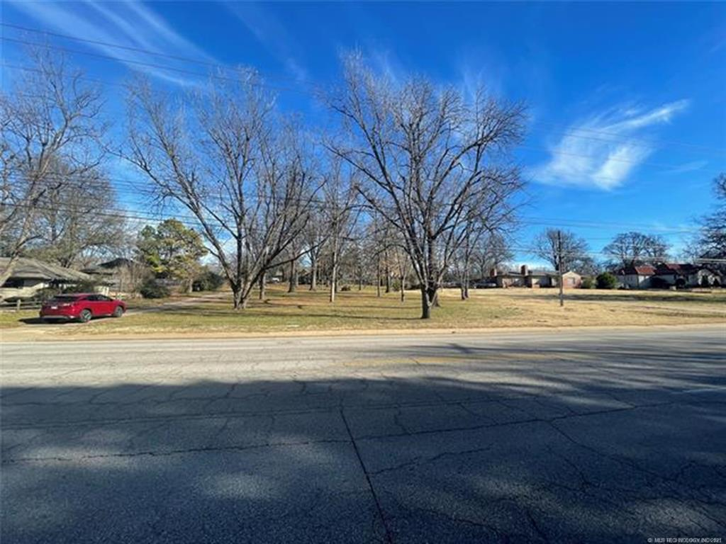 Active | 4539 S Lewis Avenue Tulsa, Oklahoma 74105 3
