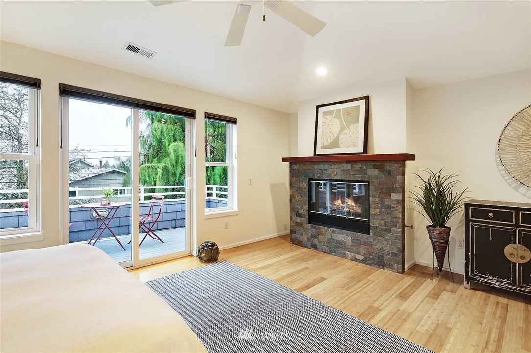 Sold Property | 7218 Sycamore Avenue NW Seattle, WA 98117 10