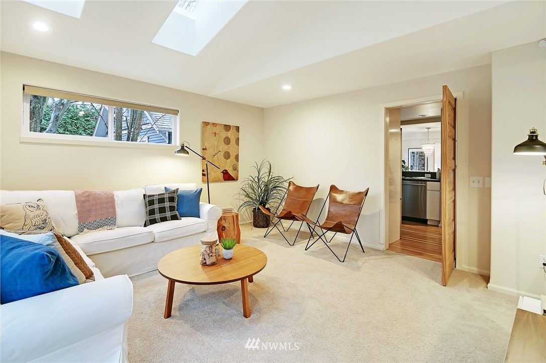 Sold Property | 7218 Sycamore Avenue NW Seattle, WA 98117 18