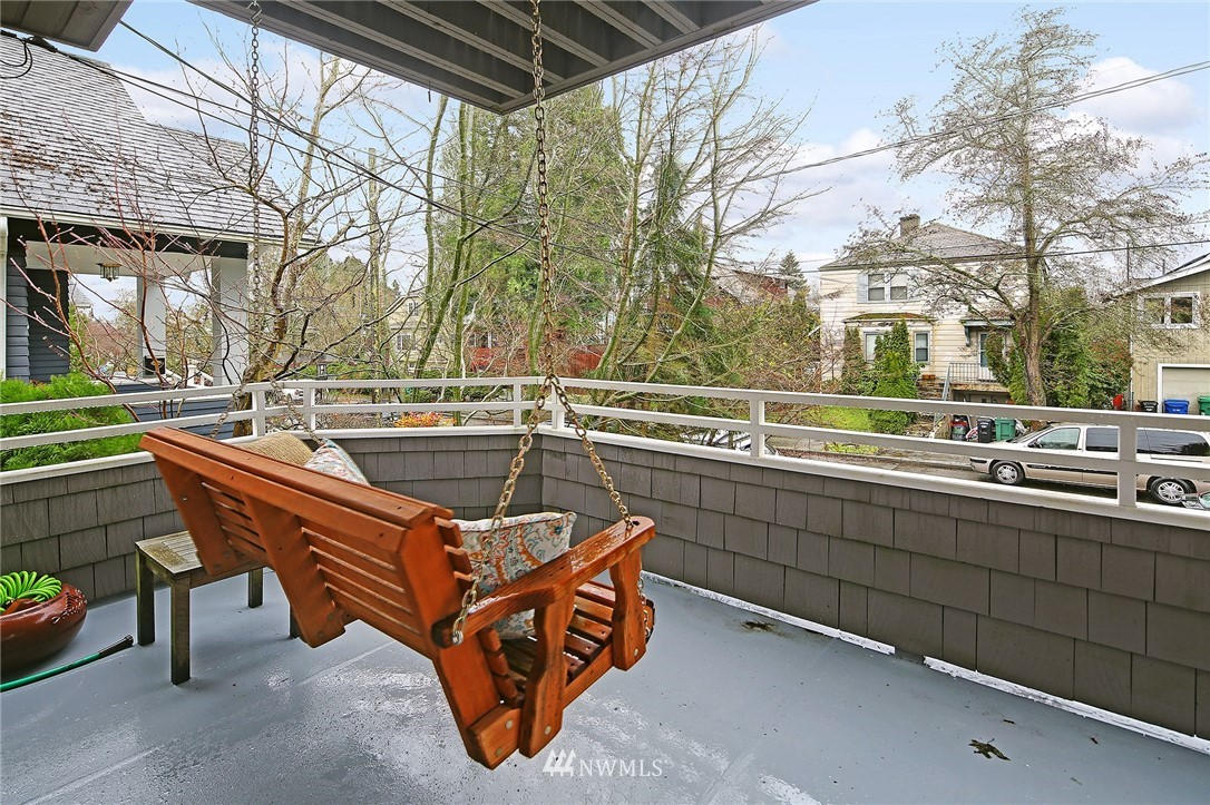 Sold Property | 7218 Sycamore Avenue NW Seattle, WA 98117 19
