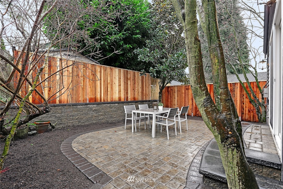 Sold Property | 7218 Sycamore Avenue NW Seattle, WA 98117 25