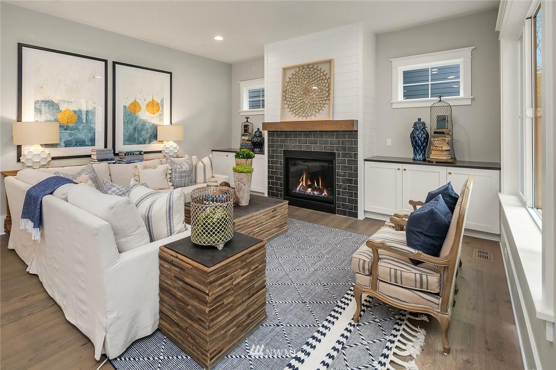 Sold Property | 6347 NE 61st Street Seattle, WA 98115 4