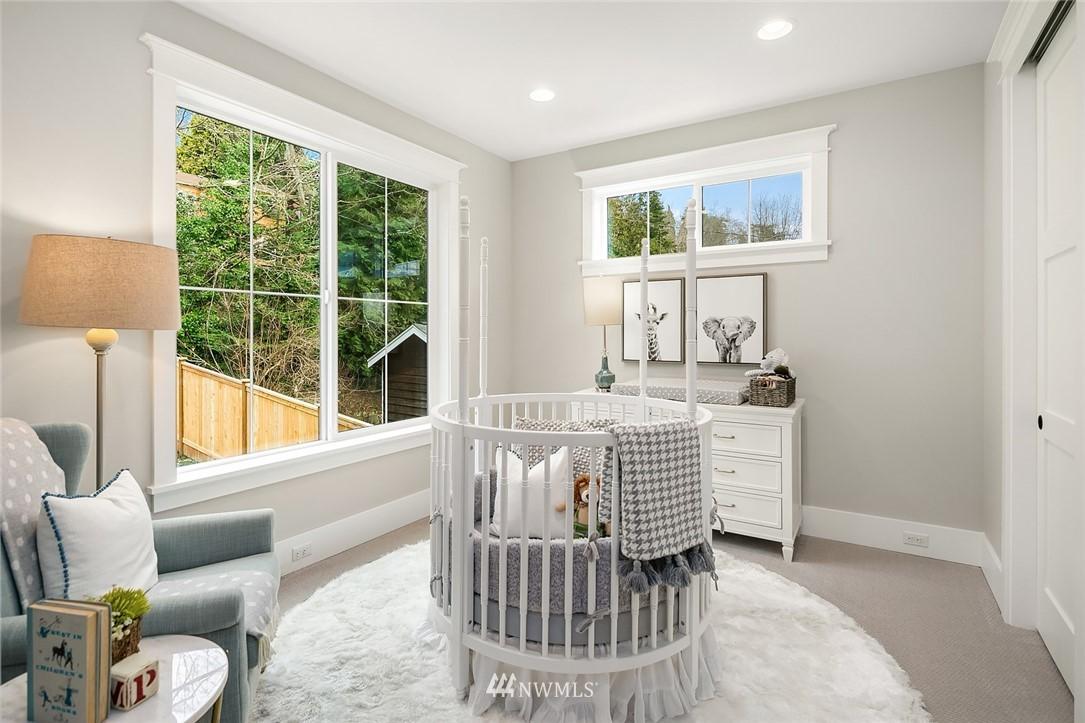 Sold Property | 6347 NE 61st Street Seattle, WA 98115 25