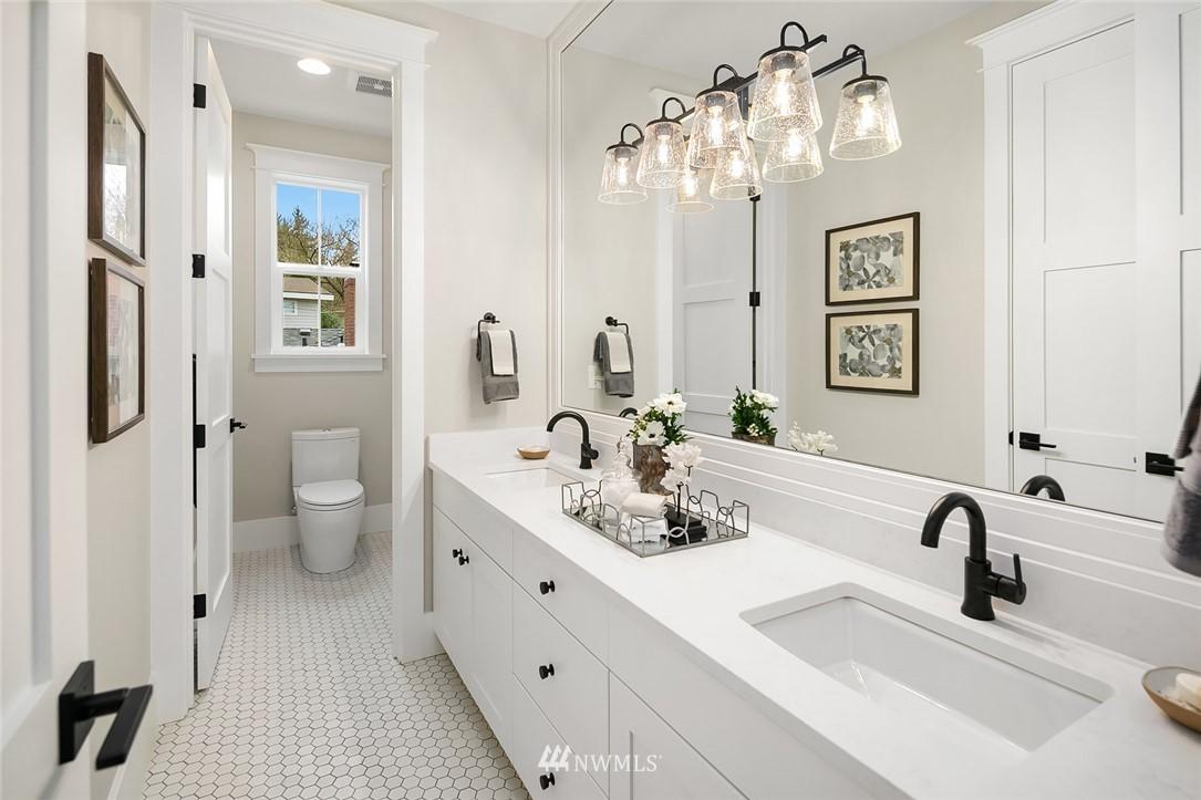 Sold Property | 6347 NE 61st Street Seattle, WA 98115 27