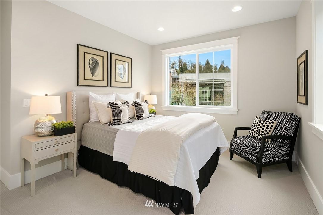 Sold Property | 6347 NE 61st Street Seattle, WA 98115 28