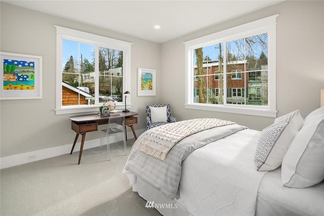 Sold Property | 6347 NE 61st Street Seattle, WA 98115 30