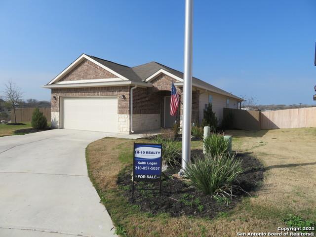 Off Market | 102 Buttercup Bend New Braunfels, TX 78130 2