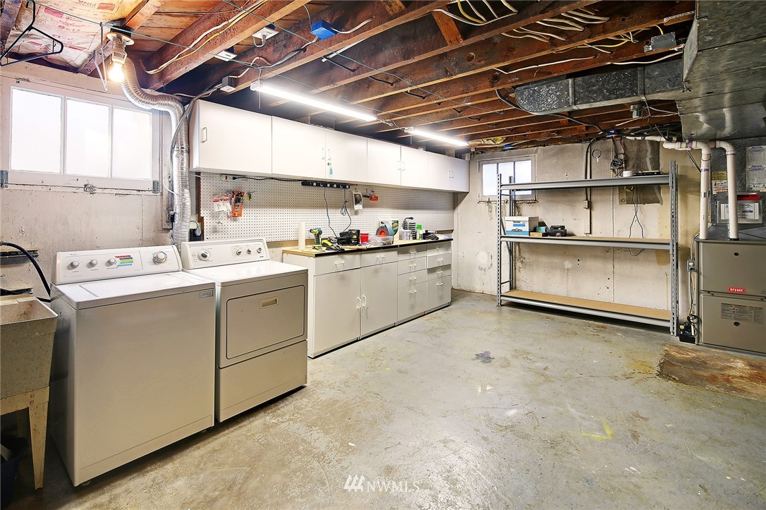 Sold Property | 6521 19th Avenue NW Seattle, WA 98117 14