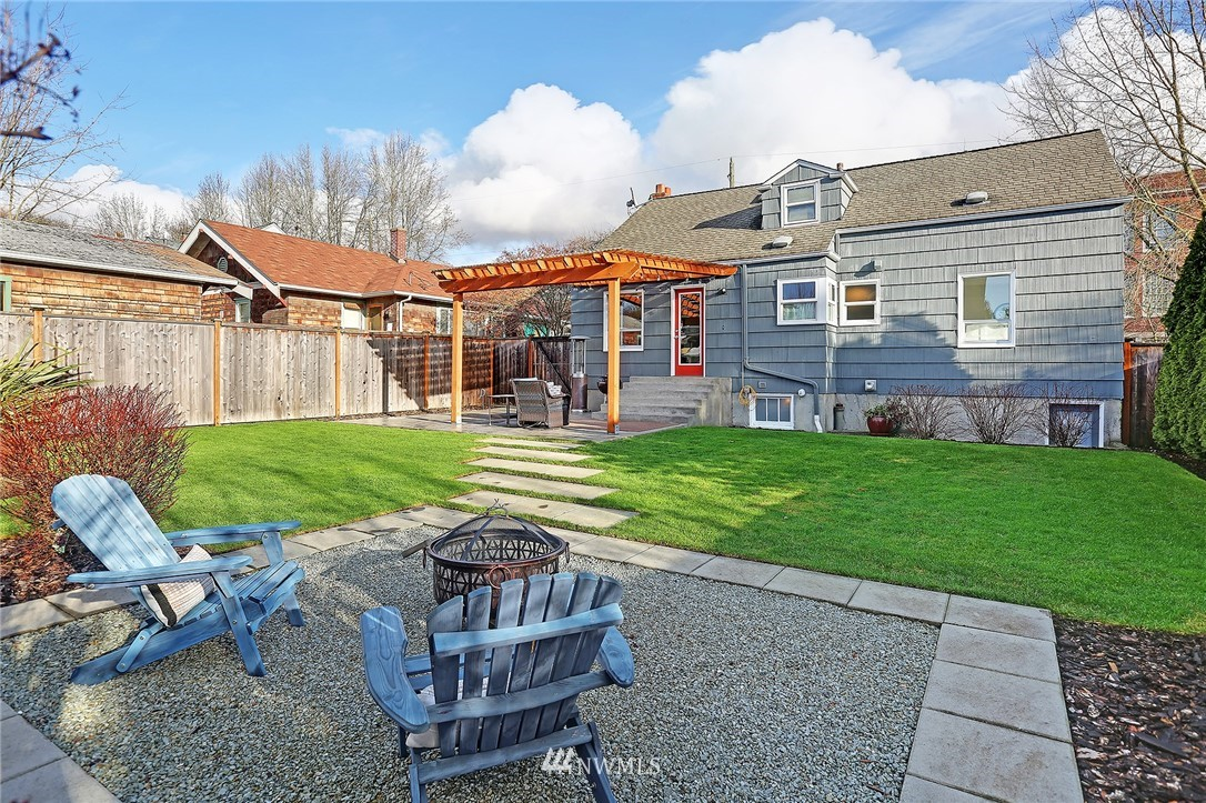 Sold Property | 6521 19th Avenue NW Seattle, WA 98117 16