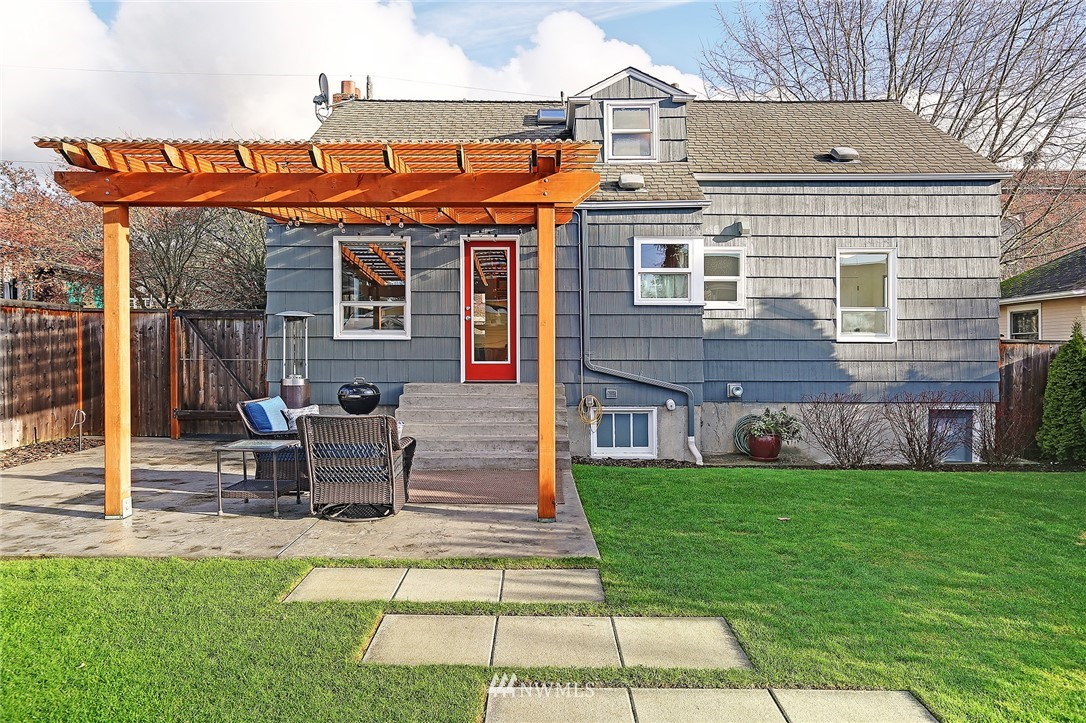 Sold Property | 6521 19th Avenue NW Seattle, WA 98117 18