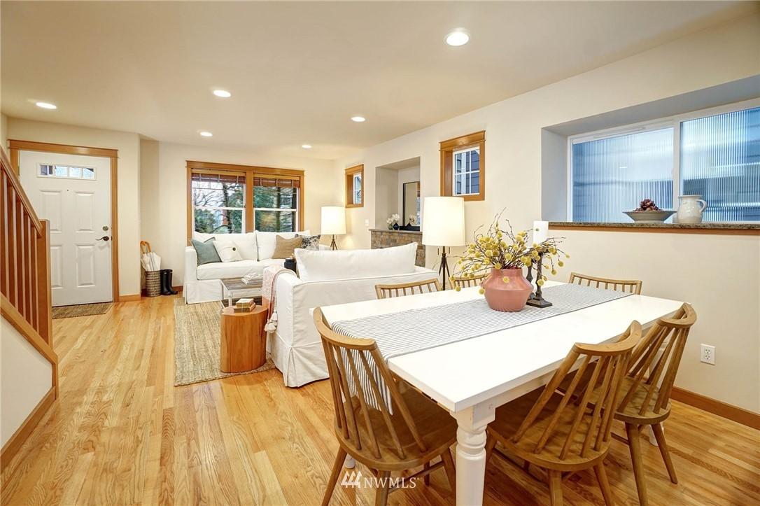 Sold Property | 927 18th Avenue #A Seattle, WA 98122 6