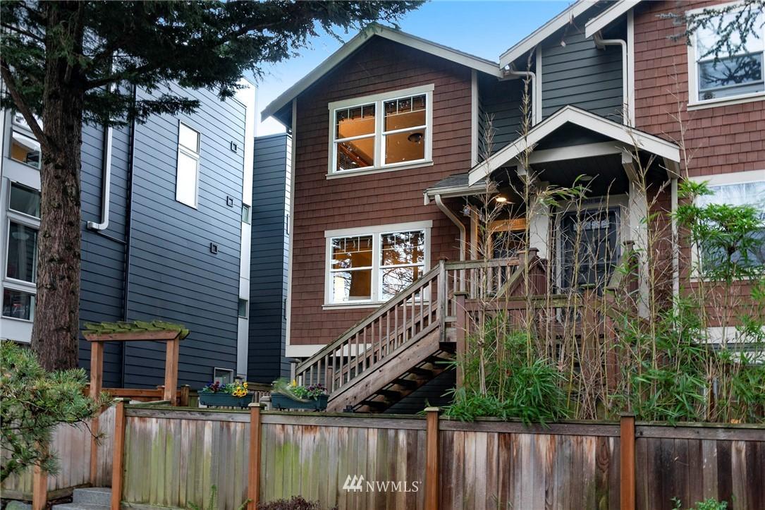 Sold Property | 927 18th Avenue #A Seattle, WA 98122 24