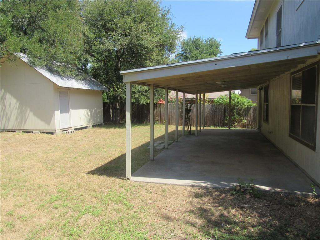 Closed   2916 Zeke Bend Austin, TX 78745 12