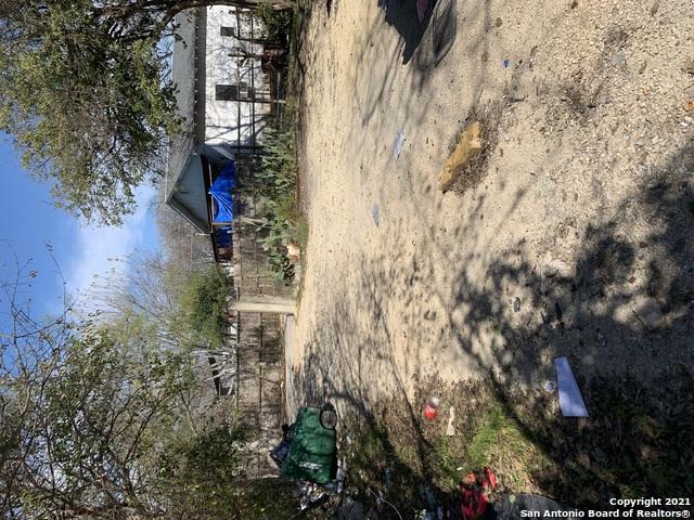 Pending   1609 W Travis St San Antonio, TX 78207 19