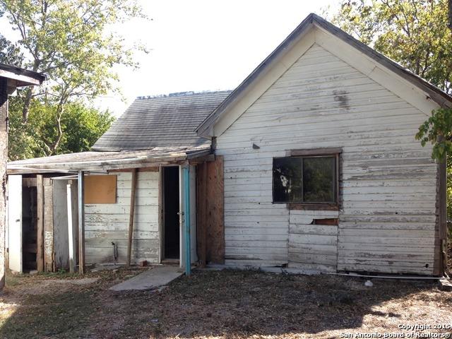 Pending   1609 W Travis St San Antonio, TX 78207 3