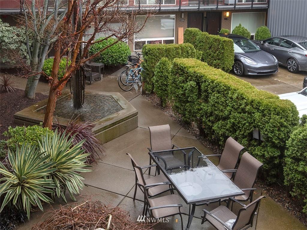 Active | 752 Bellevue Avenue E #202 Seattle, WA 98102 25