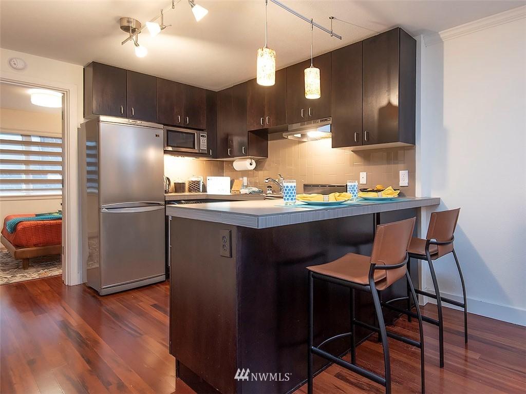 Active | 752 Bellevue Avenue E #202 Seattle, WA 98102 9