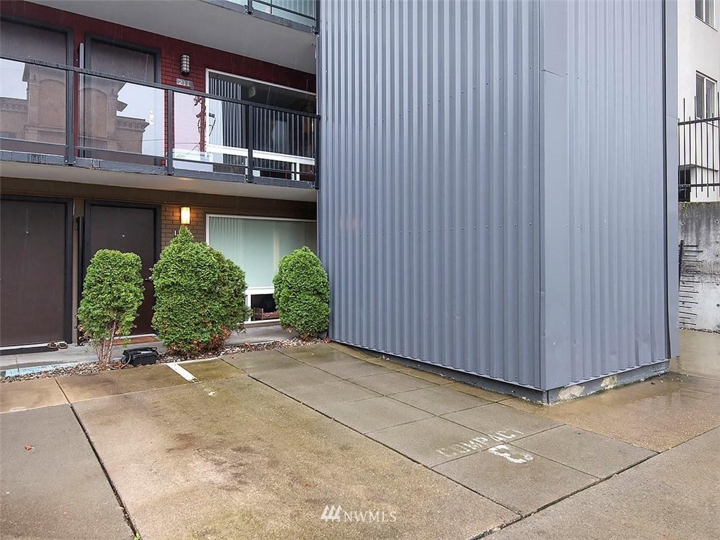 Active | 752 Bellevue Avenue E #202 Seattle, WA 98102 4