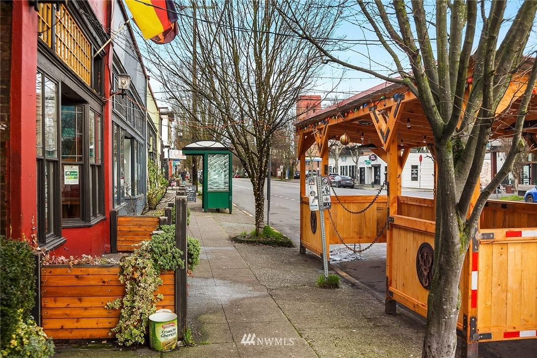 Sold Property   619 N 65th Street Seattle, WA 98103 28