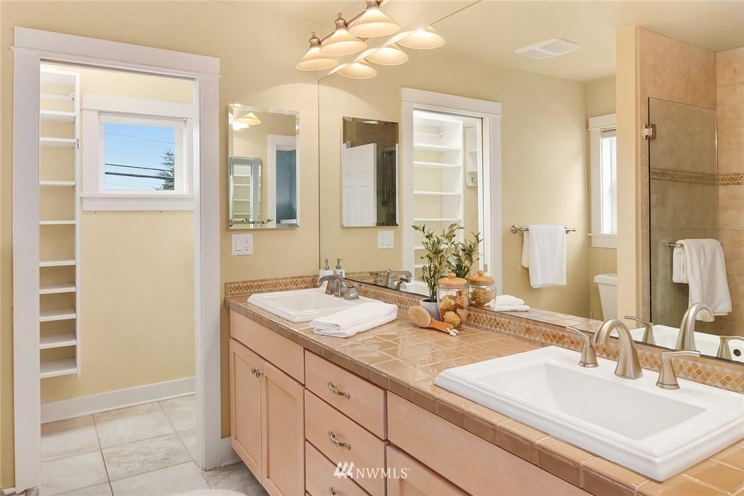 Sold Property   619 N 65th Street Seattle, WA 98103 13