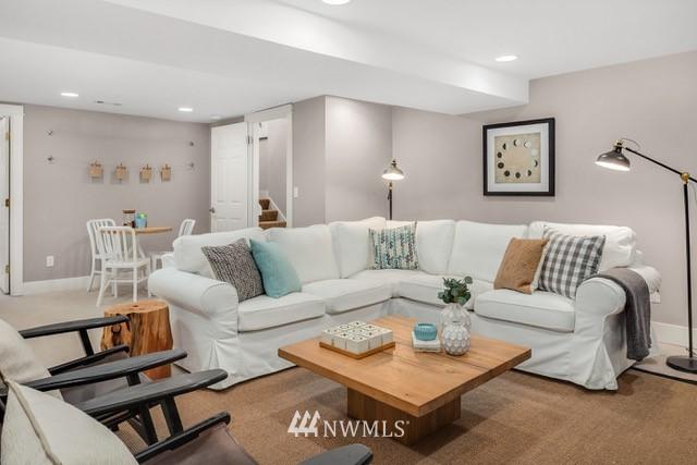 Sold Property   619 N 65th Street Seattle, WA 98103 18