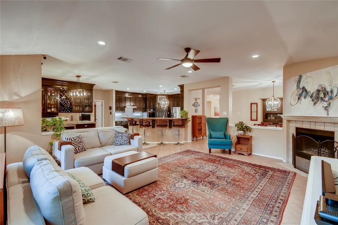 Closed | 5807 Pecanwood Lane Austin, TX 78749 2