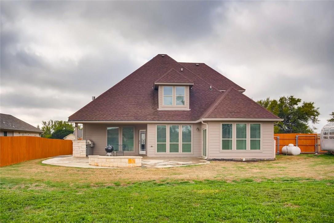 Closed | 207 Campo Colinas Drive Bertram, TX 78605 23