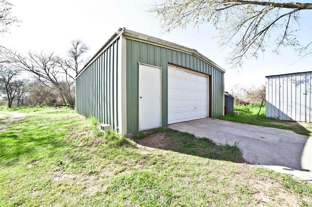 Closed | 659 Fox Lane Lockhart, TX 78644 28