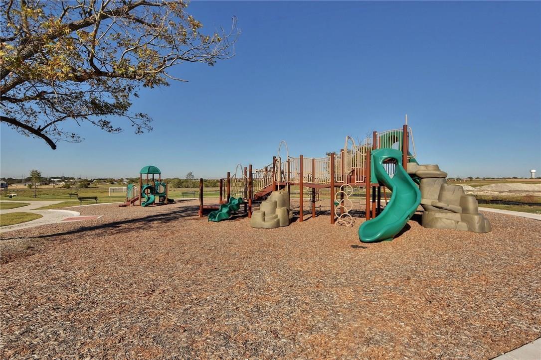 Closed   2901 Castellan Lane Round Rock, TX 78665 5