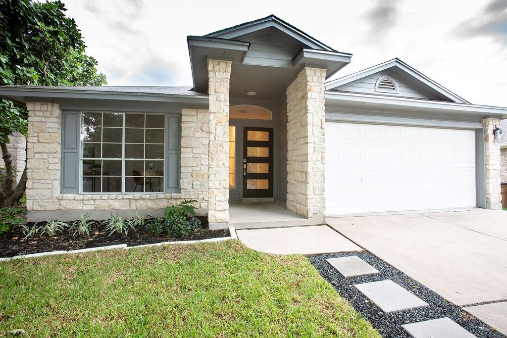 Closed | 8968 W Hove Loop Austin, TX 78749 1