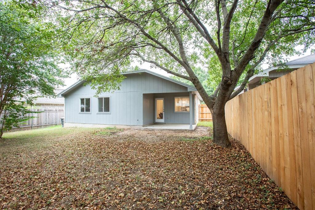 Closed | 8968 W Hove Loop Austin, TX 78749 20