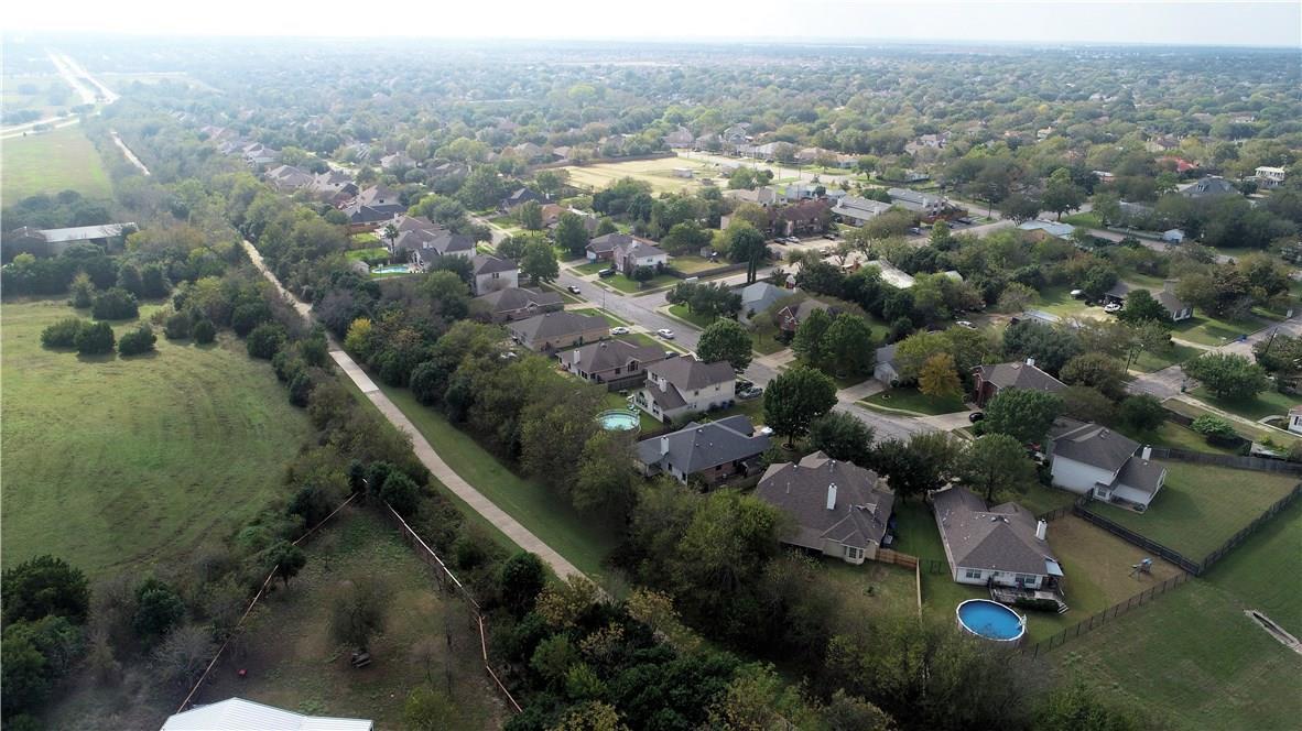 Closed   403 Geyser Avenue Pflugerville, TX 78660 3