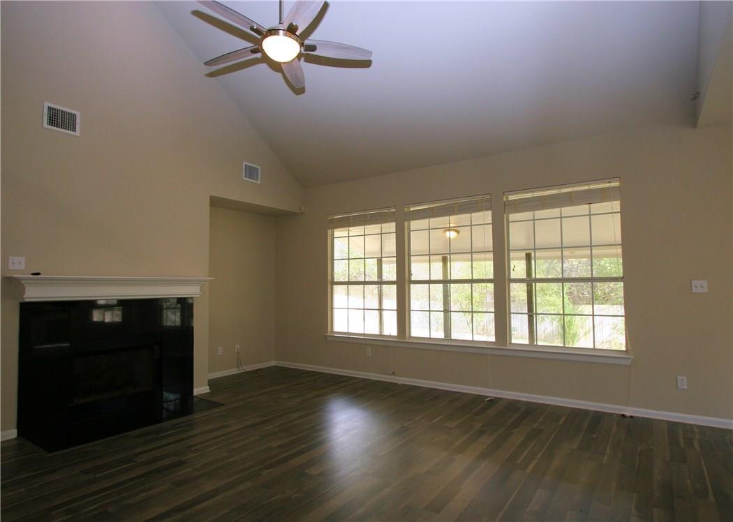 Closed   403 Geyser Avenue Pflugerville, TX 78660 12