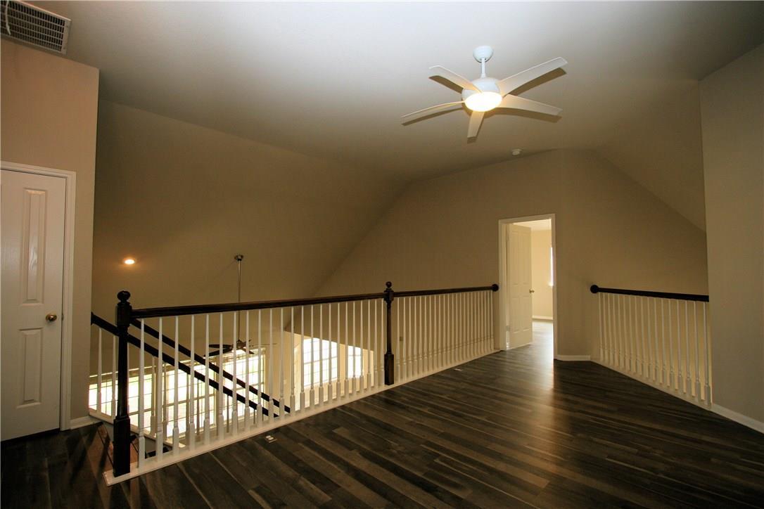 Closed   403 Geyser Avenue Pflugerville, TX 78660 18