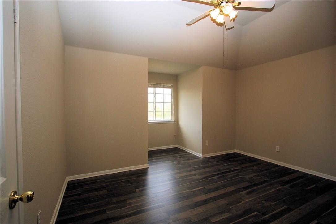 Closed   403 Geyser Avenue Pflugerville, TX 78660 21