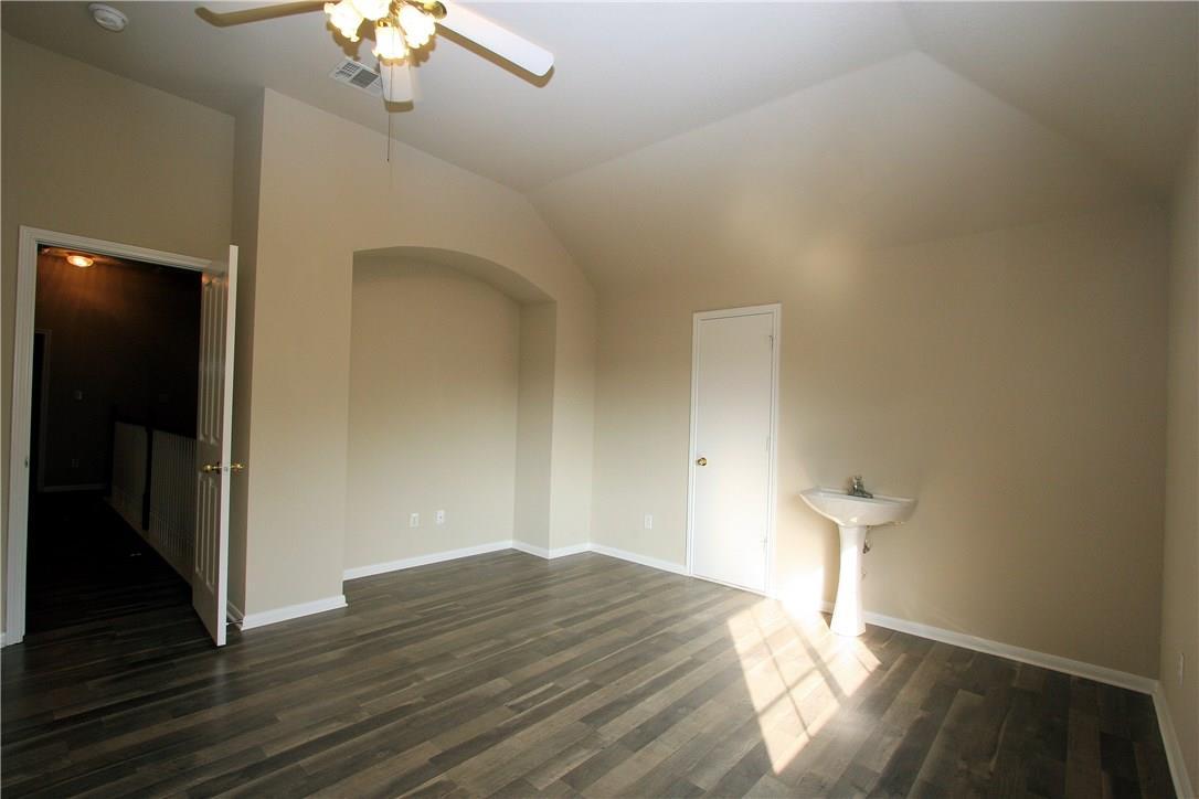 Closed   403 Geyser Avenue Pflugerville, TX 78660 23