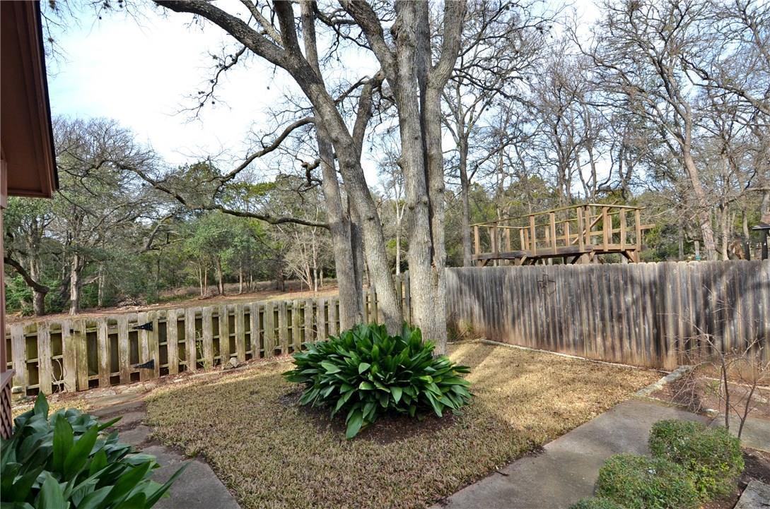 Closed | 4400 Twisted Tree Drive Austin, TX 78735 24