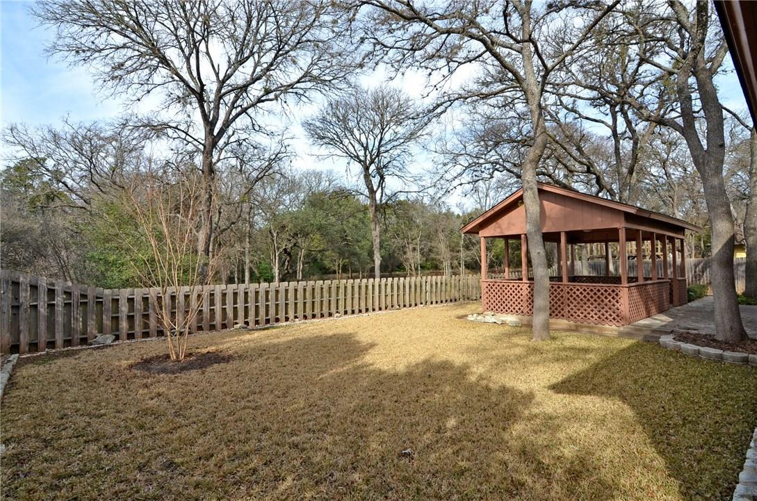 Closed | 4400 Twisted Tree Drive Austin, TX 78735 26
