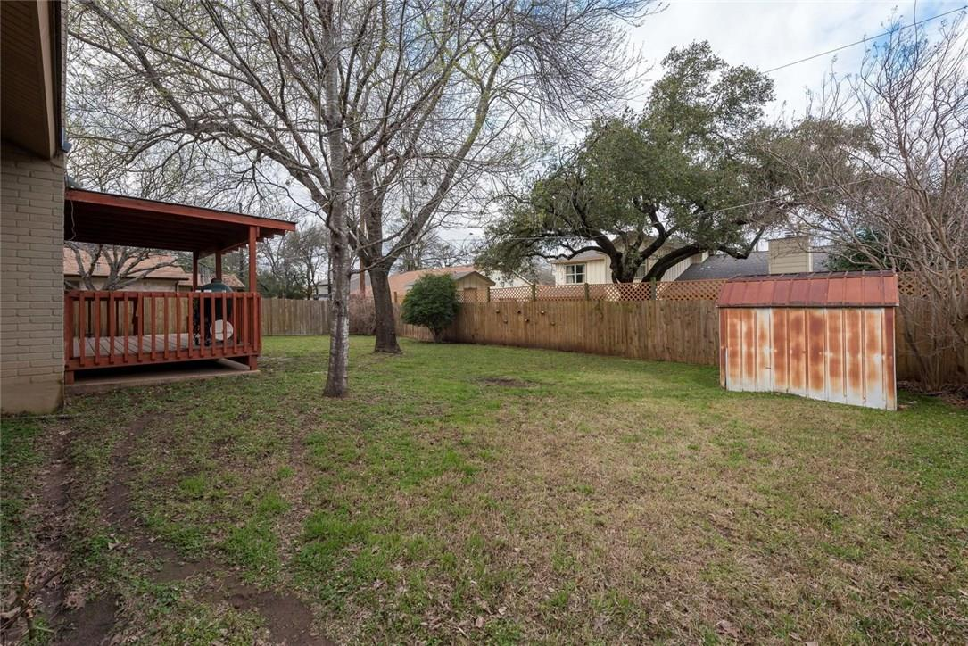 Closed | 4600 Tamarack Trail Austin, TX 78727 36