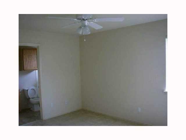 Closed | 280 Strawn Kyle, TX 78640 5