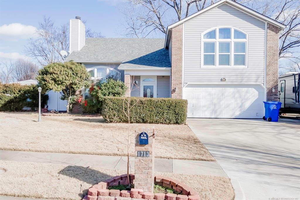 Off Market   1713 N Ironwood Place Broken Arrow, Oklahoma 74012 1