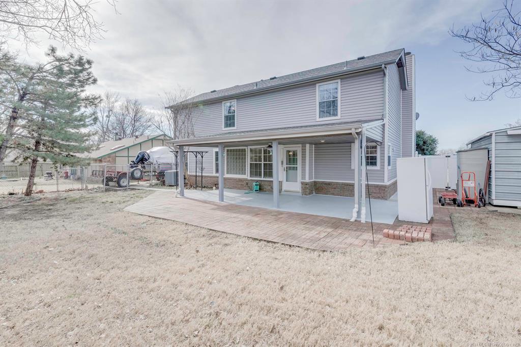 Off Market   1713 N Ironwood Place Broken Arrow, Oklahoma 74012 35