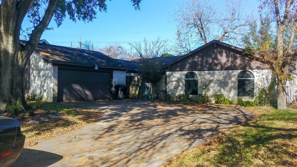 Off Market | 5606 Arncliffe Drive Houston, Texas 77088 0