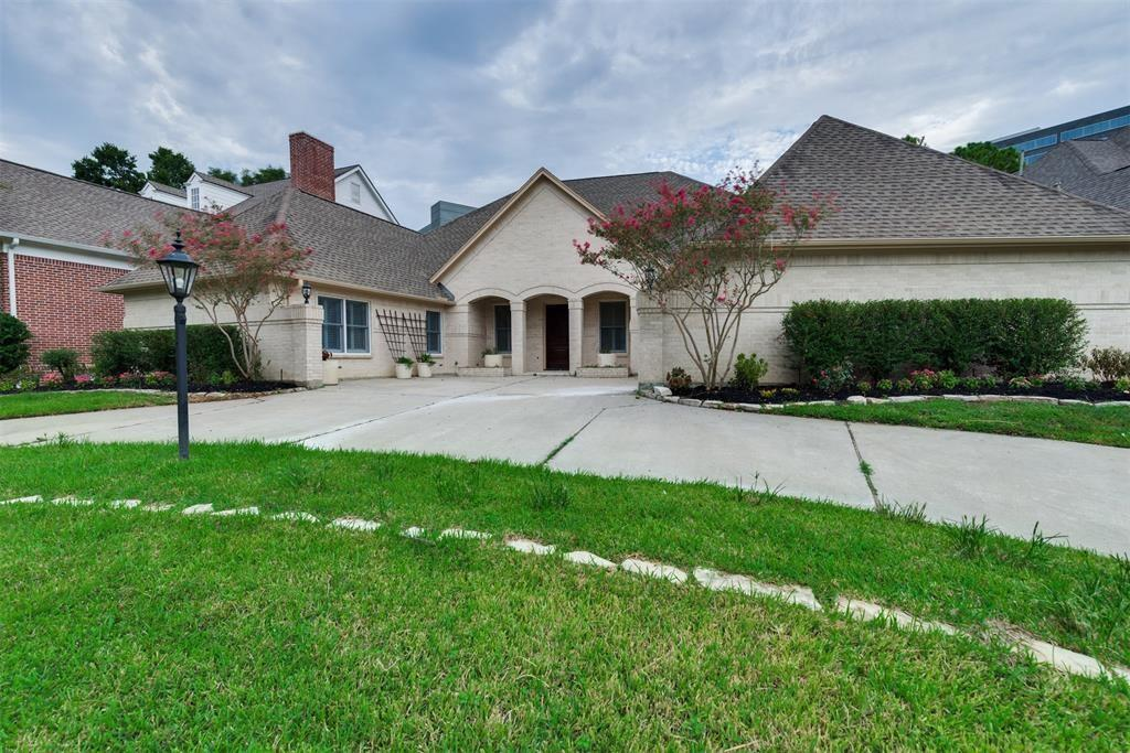 Pending | 727 Windbreak Trail Houston, Texas 77079 1