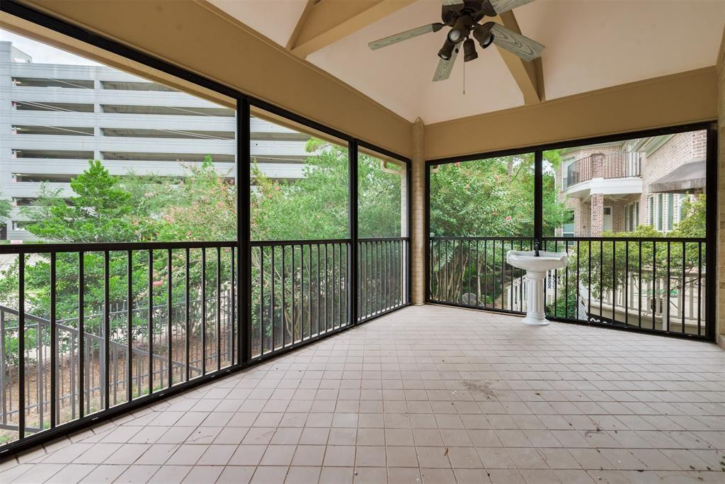 Pending | 727 Windbreak Trail Houston, Texas 77079 39